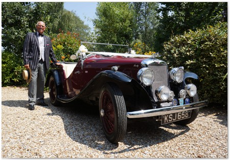 Berty-vintage-car-and-chauffeur